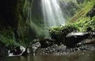 Air terjun utama di Madakaripura