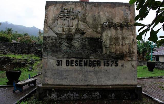 Tempat Wisata Sejarah Benteng Kastela Di Maluku Utara