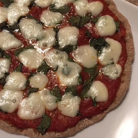 homemade margherita pizza