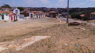 Prefeitura realiza mutirão de limpeza nos bairros Limeira e Francisco de Adauto