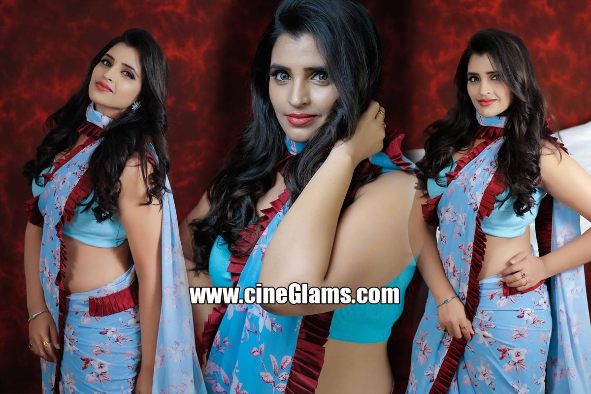 Anchor shyamala Latest saree Hot photoshoot