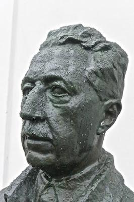 Stockholm : Ivar Johnsson : Bronze du  prince Eugène à Waldemarsudde sur l'île de Djugarden