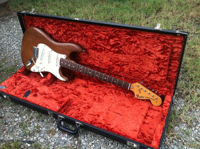 Craigslist Vintage Guitar Hunt: Rare 1974 Mocha Brown Stratocaster