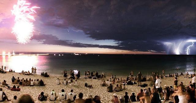 Pesta di Pantai Kuta