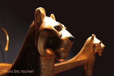 paire de lions, Symbolisme, lion, gardien, Horus, Toutankhamon, paire,