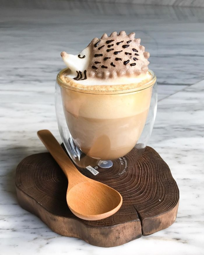 02-Hedgehog-Daphne-Tan-3D-Coffee-Latte-Creature-Designs-www-designstack-co