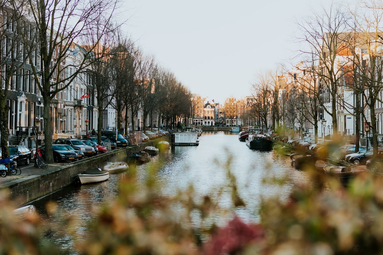 View on the canals by moonshinefaerie