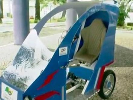 Estudantes baianos criam carro ecológico que pesa 90 kg e custa R$ 7 mil