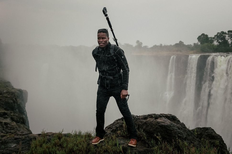 Tawanda Kanhema traveled over 800 kilometers to bring Zimbabwe on Google Street View
