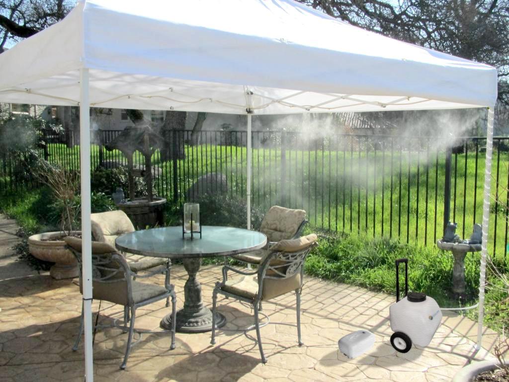 máy phun sương quán cafe