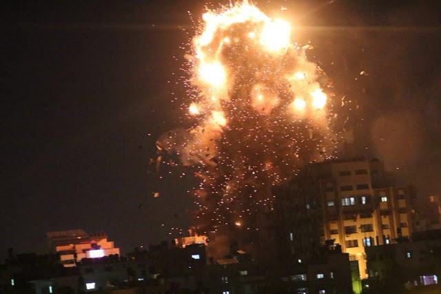 Jet Tempur Zionis Israel Bom dan Hancurkan Gedung Al-Aqsa TV