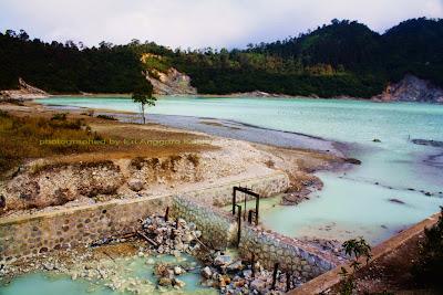 Taman Wisata Alam Talaga Bodas di Garut.