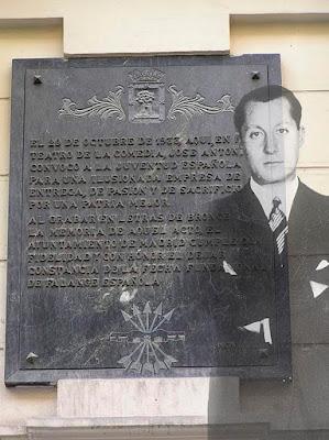 SObreimpresa a la placa la imagen de José Antonio (texto placa más abajo)
