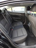 Hyundai Elantra 1.6 CRDi Style - wnętrze