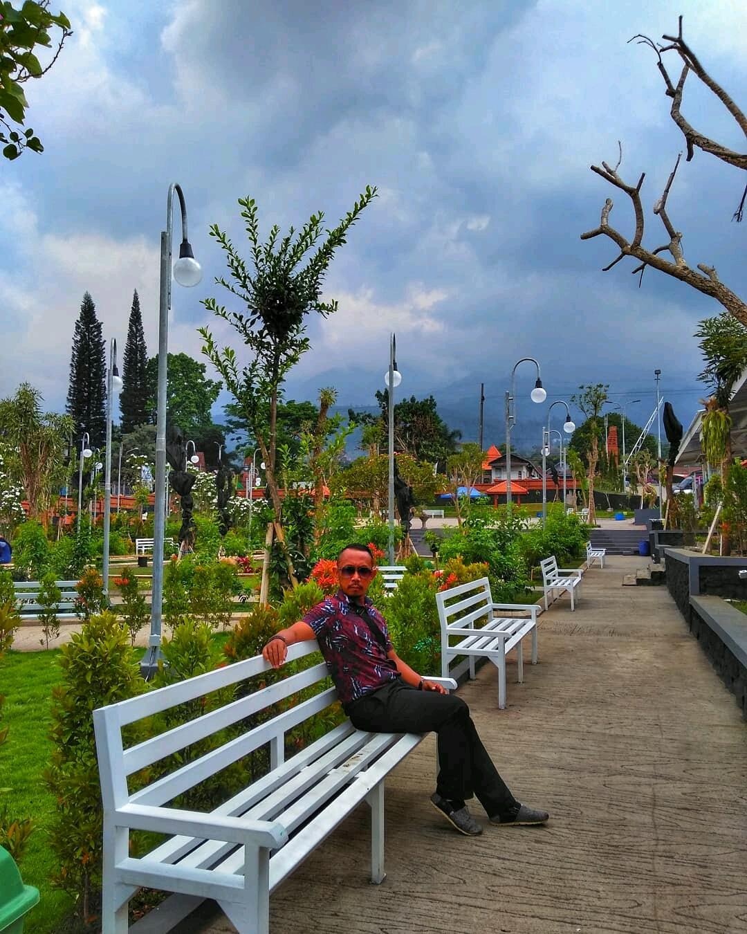 Terbaru! Spot Asik One Stop Travelling Mojokerto di Taman