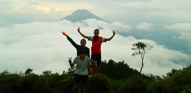 naik gunung