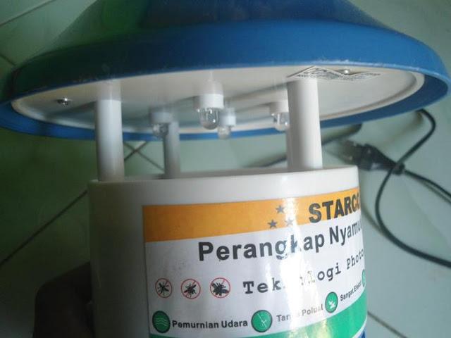 perangkap nyamuk listrik