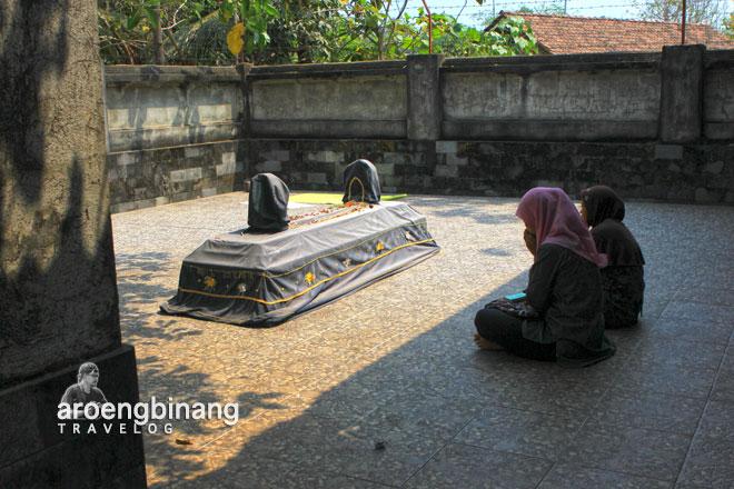 makam ratu kalinyamat mantingan jepara