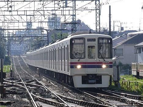 京王電鉄 区間急行 若葉台行き9 9030系