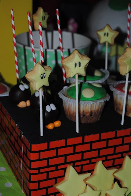 festa di compleanno ispirata ai personaggi di Yoshi e Super Mario
