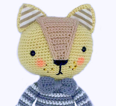 Amvabe Crochet Cat In Striped Pajamas