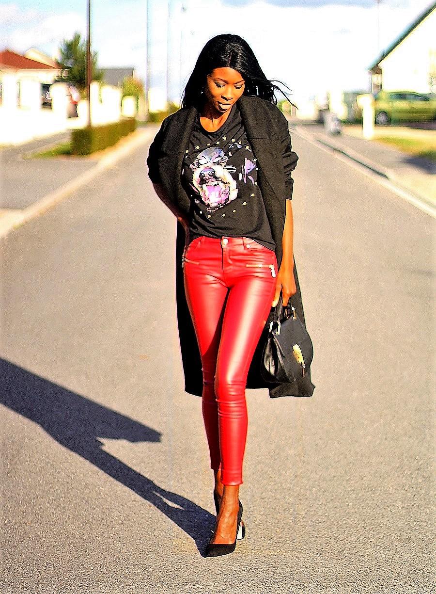 ootd-rock-givenchy-t-shirt-sac-drew-chloe-pantalon-cuir-rouge