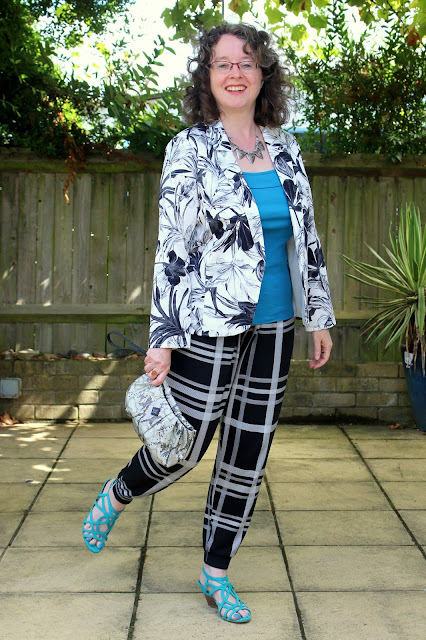 Pattern Mixing Florals and Checks with ASOS joggers and Wallis blazer | Petite Silver Vixen