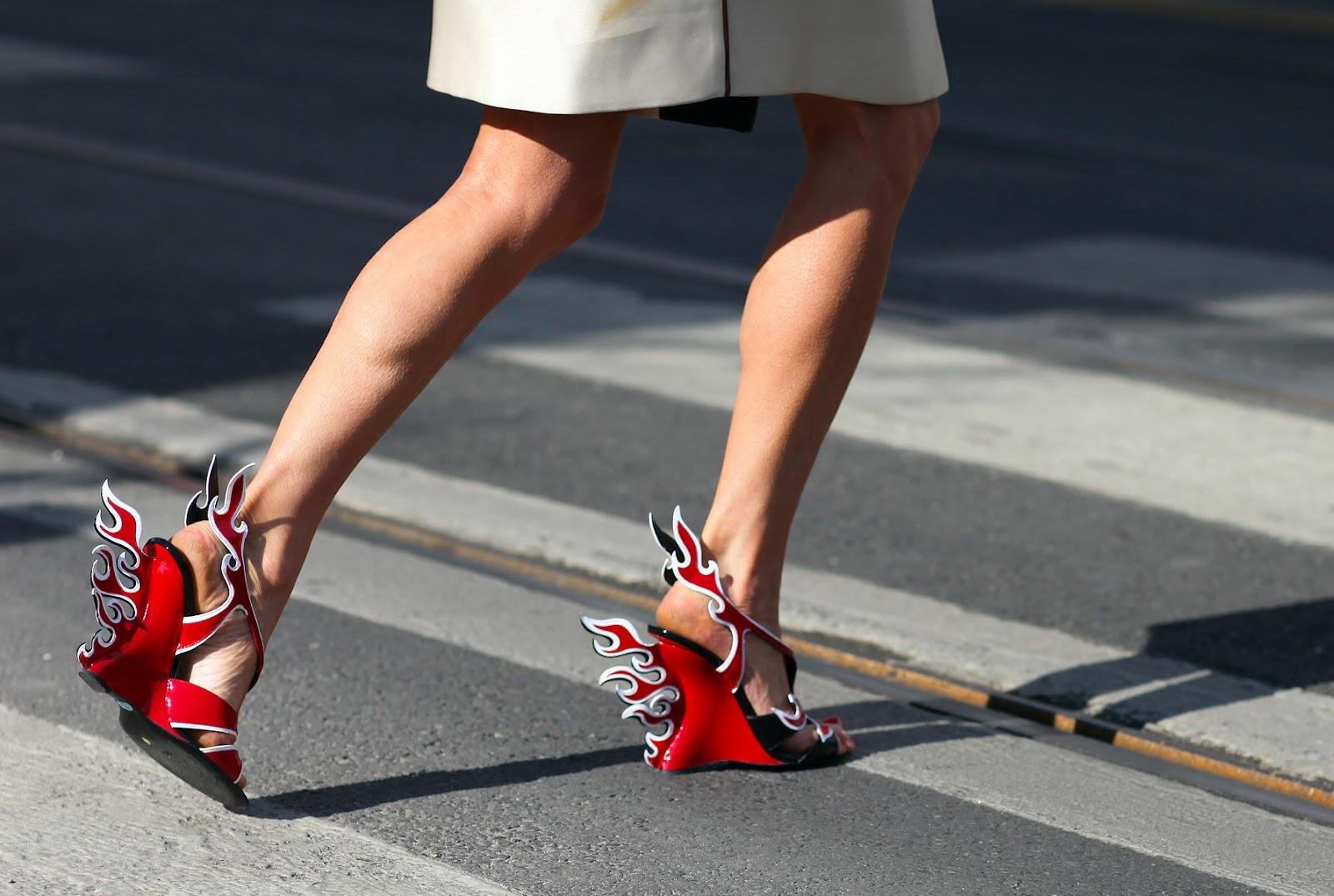 1813d85fcd Viva Miami  Sapatos Prada