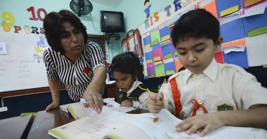 Profesores se quedan sin «vacaciones» de medio año en Arequipa