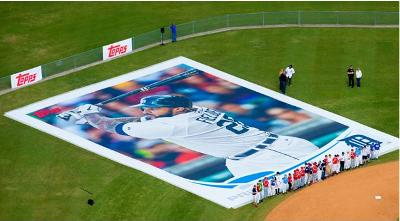 The Other Paper Topps Unveils Worlds Largest Baseball Card