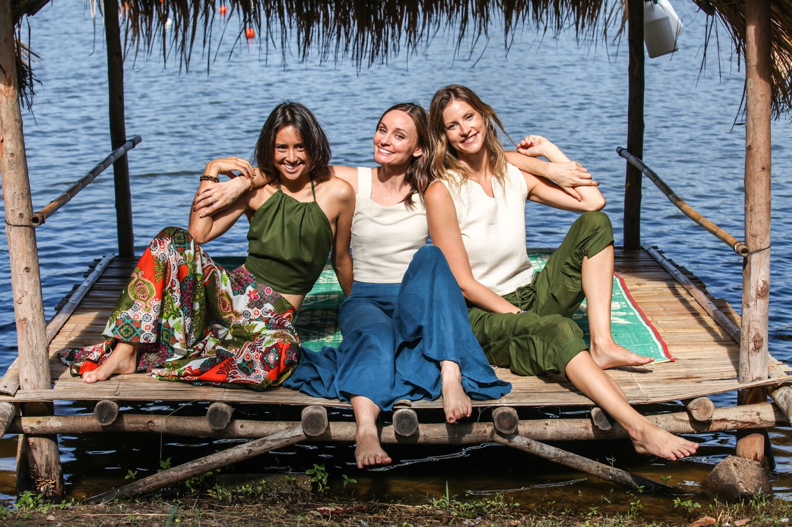 fashion and travel blogger, with Vaitea and Amanda for Tropic Bliss