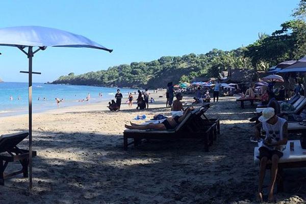 Pantai Virgin di Karangasem