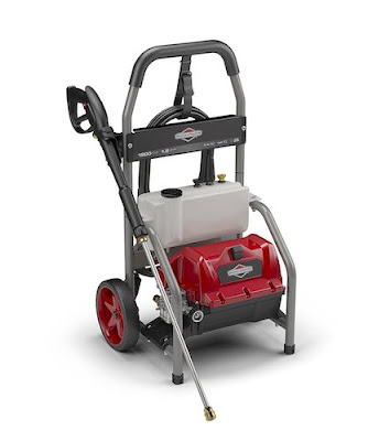 Electric Pressure Washer: Briggs & Stratton