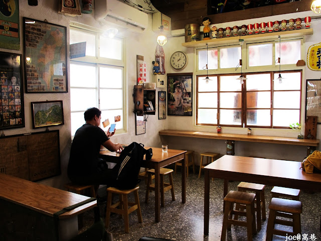IMG 0240 - 【台中美食】窩巷 hidden lane 隱藏在巷弄間的甜點店 |咖啡 | 甜點|巷弄美食|蛋糕|藍梅塔|台中甜點店|老屋甜點|下午茶|