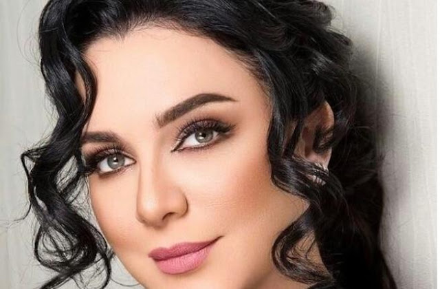 سلاف فواخرجي خارج دراما رمضان 2018.بعد تأجيل مسلسليها؟
