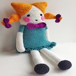 patron gratis muñeca cuadrada amigurumi