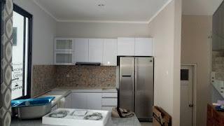 Gambar kitchen set murah model U. jakarta barat