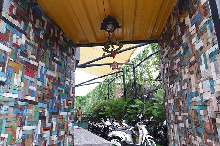 Yep Namanya Mboutique Hostel Fenomena Masih Jarang Di Jumpai Indonesia Padahal Jika Kita Traveling Ke Luar Negri 70 Penginapannya Berkonsep