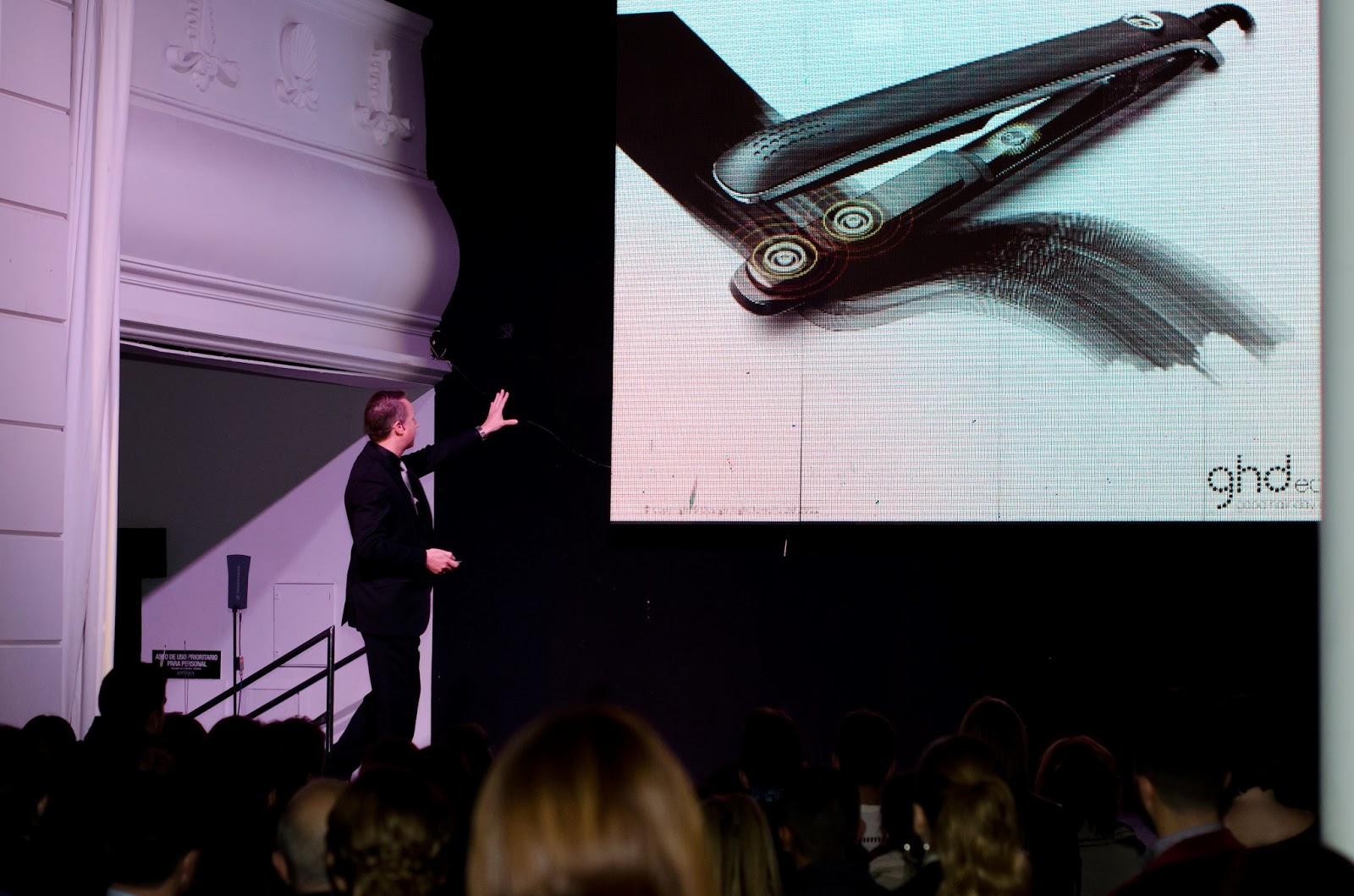 presentación y evento en Sevilla