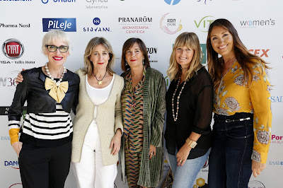 (de izqiuerda a derecha) Felicitas Ortas, Julia González (IFEMA), Charo Izquierdo (IFEMA), Susana Salvado (IFEMA), Nuria Soteras (Backstage Bcn)