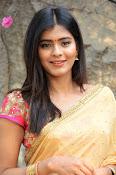 hebah patel cute half saree pics-thumbnail-18