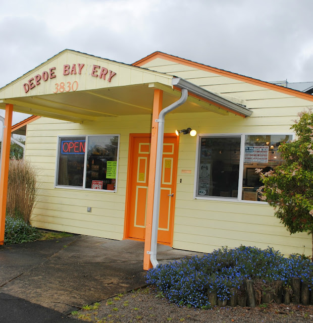 Review of Depoe Baykery in Depoe Bay, Oregon