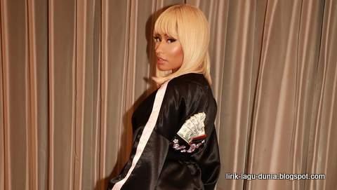 Lirik Lagu Nicki Minaj - Barbie Tingz dan Terjemahan