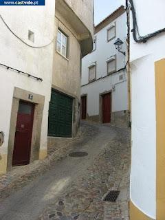 Rua de Santa Maria de Cima de Castelo de Vide, Portugal (Street)