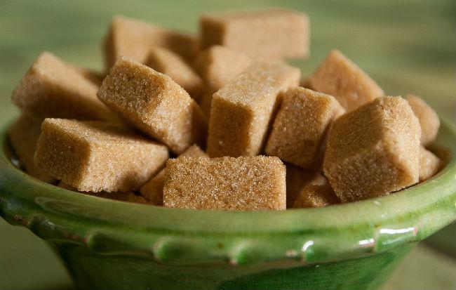 Zucchero di canna in zollette