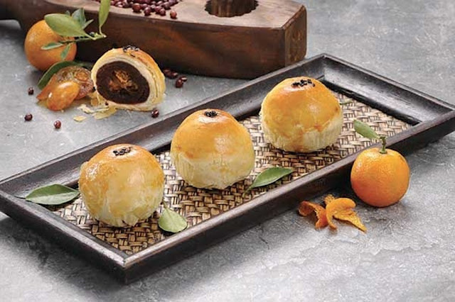 Red Bean with Tangerine Pastry (Ovo-Lacto Vegetarian)