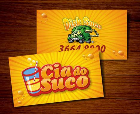 Cia do Suco – tấm danh thiếp của sucocia.com.br, một website chuyên về các loại sinh tố hoa quả. Mặt trước là một cốc nước trái cây hấp dẫn, còn số điện thoại được cho tại mặt sau tấm thẻ.