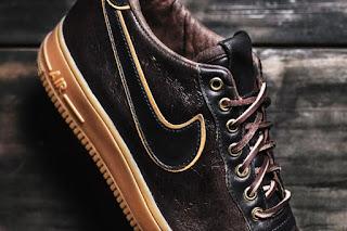 Sepatu Nike AF1 yang keren dan terbaru