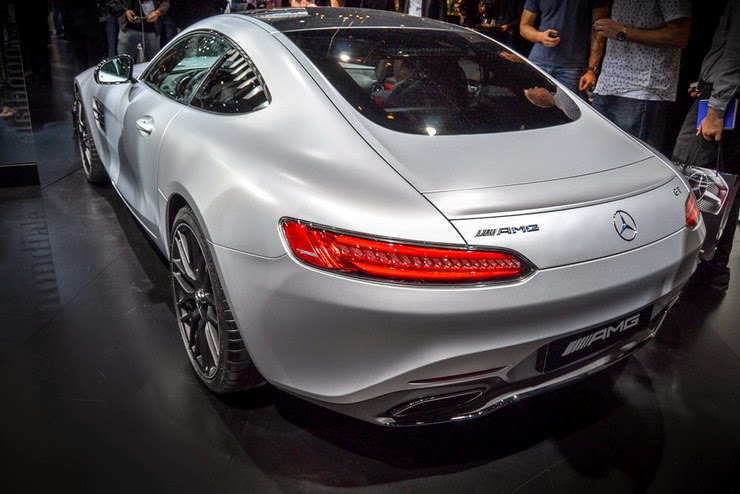 отзывы и мнения автовладельцев о Mercedes-AMG GT