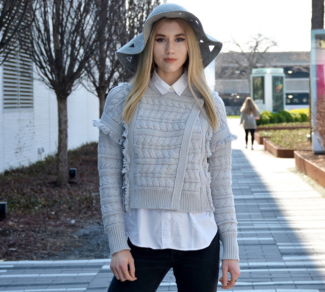 Flared Jeans, Sweater, Outfit, Spring Style, Hat, Grey Outfit,